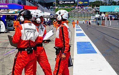 【モータースポーツの舞台裏】 サーキットでレースを支えるタイヤエンジニア