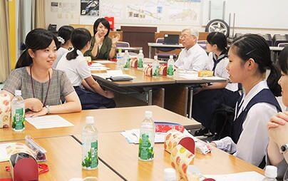 お茶の水女子大学附属中学・高等学校などの女子中高生がブリヂストン技術センターを見学、ブリヂストン女性技術者と交流しました